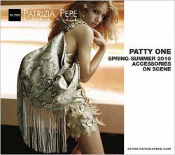 Patrizia Pepe zeigt mehr Schlangenleder